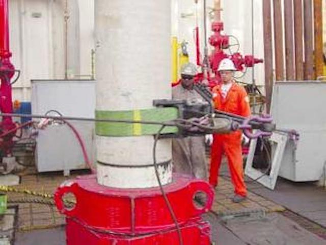 Fiber belts improve casing tong handling   Offshore Magazine
