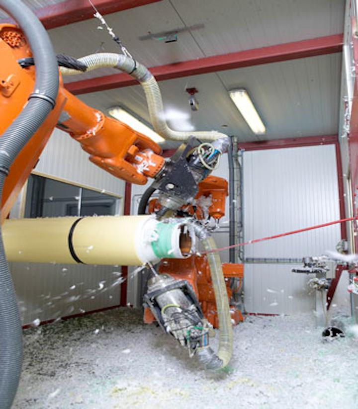 Bredero Shaw mobile robotic cutback system