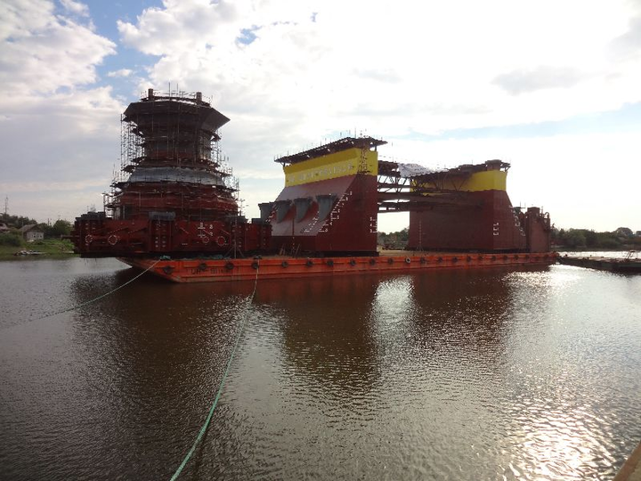 V. Filanovsky substructures sail out to Caspian Sea