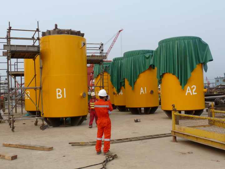 Trelleborg's leg mating units for China floatover project