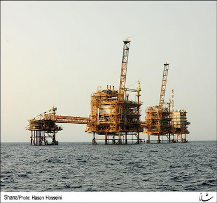 Forouzan oil field