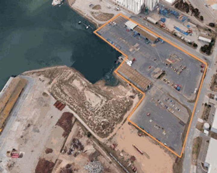 Supply base in Flinders Port