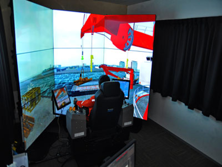 Crane simulator at Huisman Singapore