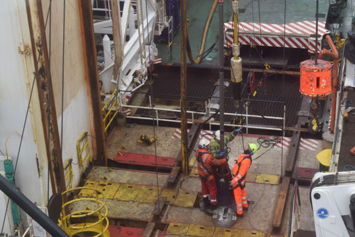 3M ceramic sand screen installation at at Shell's Gannet field in the UK central North Sea