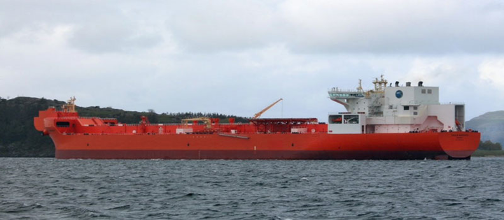 The shuttle tanker Eagle Barents