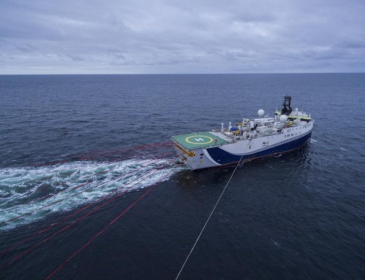 Gazprom Neft 3D seismic survey in the Pechora Sea