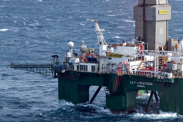 The semisubmersible drilling rig Leiv Eiriksson
