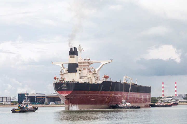 Content Dam Os En Articles Print Volume 77 Issue 12 Departments Vessels Rigs Surface Systems Liza Fpso Conversion Under Way In Singapore Leftcolumn Article Thumbnailimage File