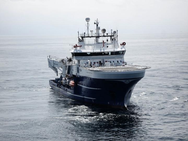The dive support vessel Rever Sapphire