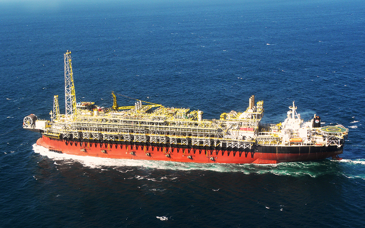 The FPSO Cidade de Angra dos Reis MV22 is moored in 2,149 m (7,051 ft) of water in the Lula field in the presalt Santos basin.