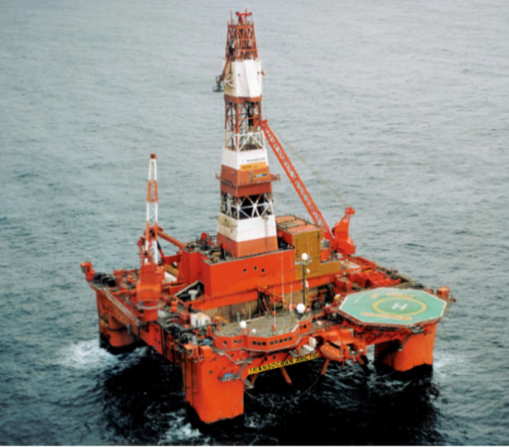 The semisubmersible Transocean Arctic will drill well 6508/1-3 in production license 758 in the Norwegian Sea.