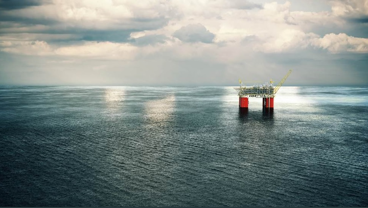 The Mad Dog Phase 2 development plan includes a new semisubmersible floating production platform with the capacity to produce up to 140,000 b/d of crude oil from 14 production wells.