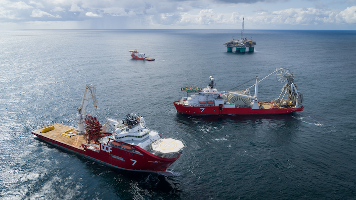 Subsea 7 used the Seven Oceans vessel to lay 65 km (40 mi) of pipelines and the Skandi Acergy to install 20 km (12.4 mi) of control umbilicals for the Nova project in the Norwegian North Sea.