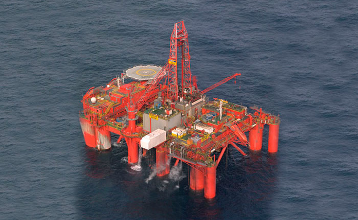 The semisubmersible drilling rig Borgland Dolphin is contracted for a 94-day program.