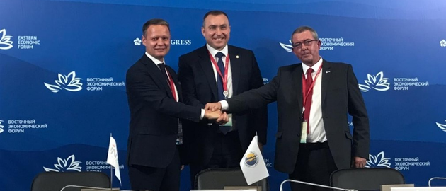 Left to right: President of INTRA Services Alexander Shilov, Sakhalin Energy CEO Roman Dashkov, and STATS Group Technical Adviser – Global BD Support, Dave Vernon.